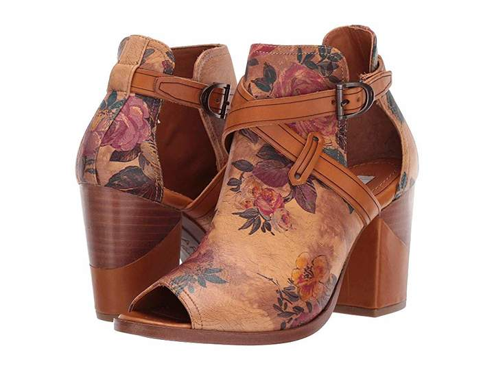 Ariat Two24 by Starlight