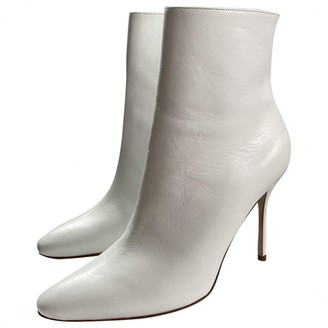 Manolo Blahnik White Leather Ankle boots