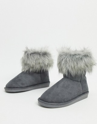 Vero Moda faux fur boots in gray