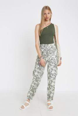 BDG Palm Print Cuffed Cargo Trousers - green S at Urban Outfitters