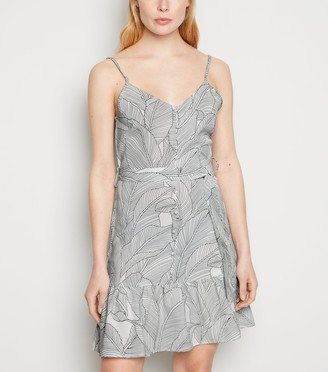 New Look Blue Vanilla Leaf Print Cami Dress