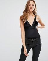 Vero Moda Velvet Contrast Body