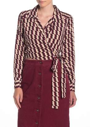 Dress Forum Geo Print Long Sleeve Wrap Crop Top