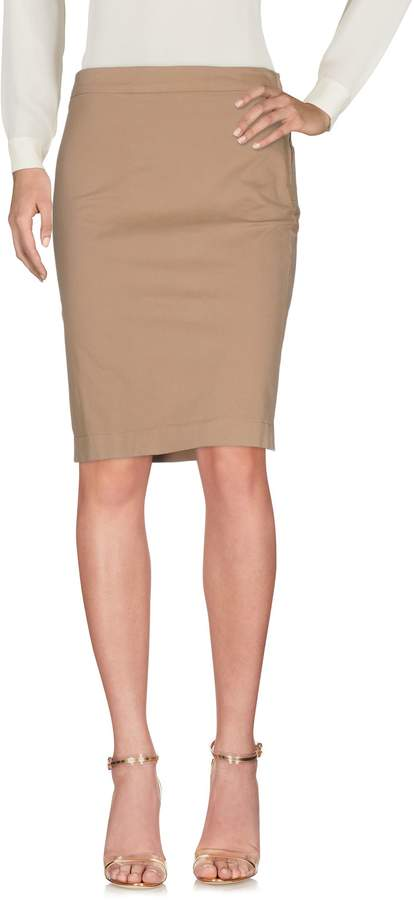 Aquascutum London Knee length skirts
