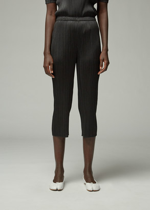 Pleats Please Issey Miyake Women's Cropped Basics Pant in Black Size 2