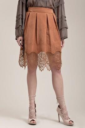 Moon River Scalloped Lace Trim Mini Skirt