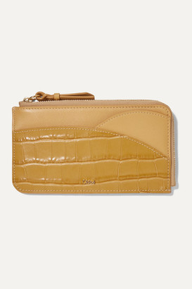 Chloé Walden Smooth And Glossed Croc-effect Leather Cardholder - Sand