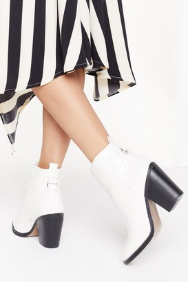 Nasty Gal Womens Croc Me Off My Feet Faux Leather Boots - White - 3