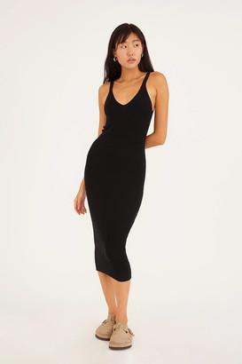 Dress Forum Ribbed Scoop Neck Midi Dress
