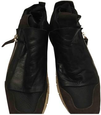Cinzia Araia Black Leather Trainers