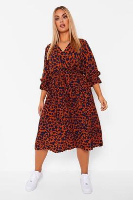 boohoo Plus Animal Pleated Midi Dress