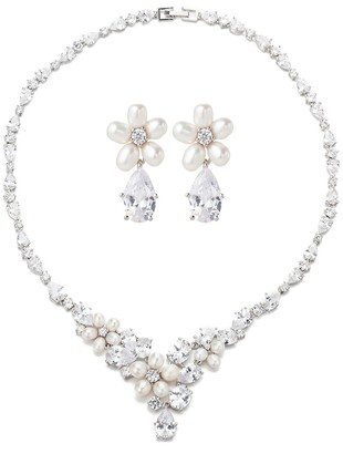 Eye Candy La Luxe Emma 3MM White Oval Freshwater Pearl Crystal Necklace Drop Earrings Set