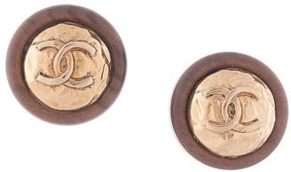 wooden CC round earrings