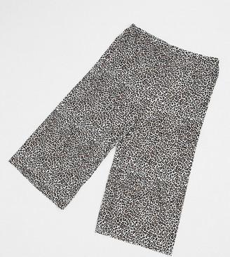 ASOS DESIGN Curve plisse culotte in mono animal print