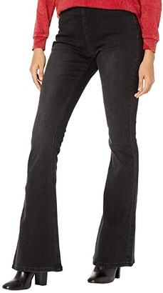 Rock and Roll Cowgirl High-Rise Flare in Black WPH7545