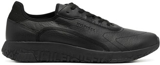 Tommy Hilfiger Lightweight Logo Sneakers