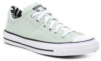 old school converse tennis shoes