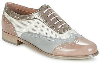 Muratti AKISSI women's Casual Shoes in Grey