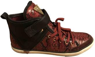 GUESS Burgundy Rubber Trainers