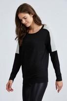 Beyond Yoga Cozy Fleece Color Blocked Pullover