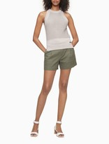Linen Blend Solid Pleated Shorts