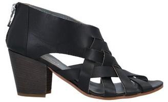 Entourage Sandals