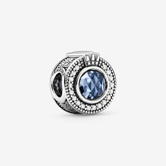 Pandora Sparkling Blue Crown O charm
