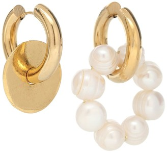 Timeless Pearly Mismatched 24kt gold-plated and faux pearl hoop earrings