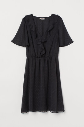 H&M Butterfly-sleeved dress