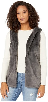 Dylan by True Grit Ultra Lux and Plush Shearling Faux Fur Hood Vest (Vintage Black) Women's Clothing