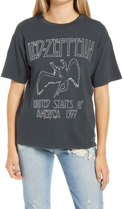 Daydreamer Led Zeppelin 1977 Weekend Graphic Tee