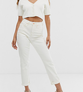 New Look Petite waist enhance jean in off white-Blue