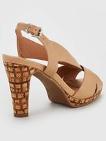 Wallis V Vamp Platform Sandal