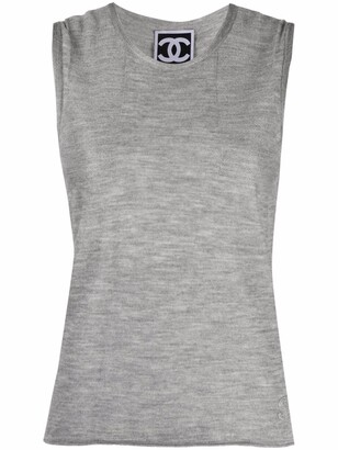 2010 Sleeveless Knitted Top