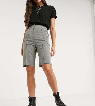 Topshop Tall mono mini check short in mono