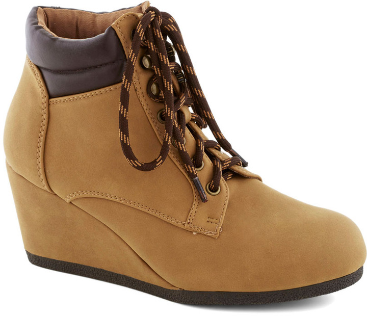 I Think You Know Wyoming Bootie