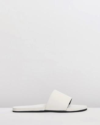 Indosole - Women's White Flat Sandals - ESSENTLS Slides - Women's - Size 4/5 at The Iconic