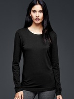 Gap Pure Body long-sleeve tee