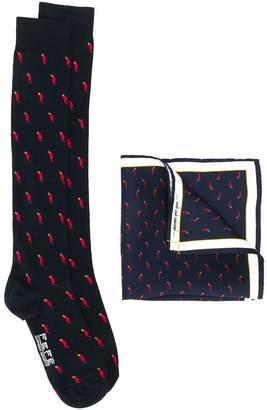 fe-fe Chili pattern socks and handkerchief set