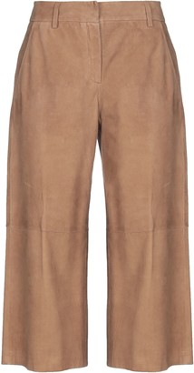 True Royal 3/4-length shorts