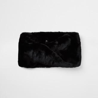 River Island Womens Black faux fur twist snood scarf