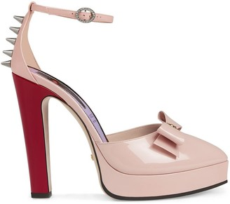 Gucci Patent leather pump with bow