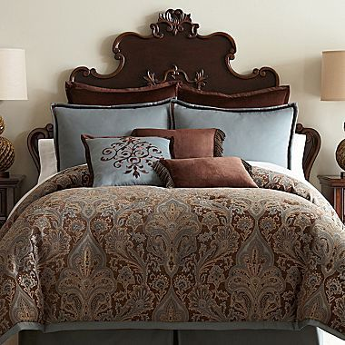 Royal Velvet Lourdes Chocolate Comforter Set & Accessories