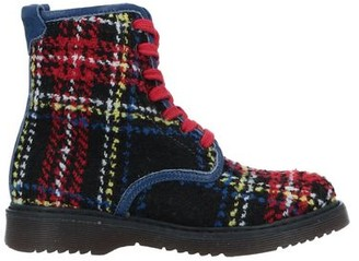 Parrot Ankle boots