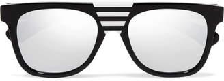 Calvin Klein Striped D-frame Acetate Sunglasses - Black