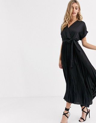 New Look satin pleated midi dress in black
