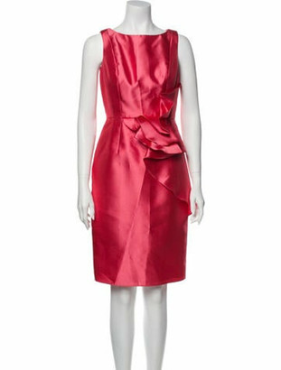 Carmen Marc Valvo Bateau Neckline Knee-Length Dress Pink