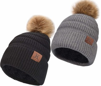 Maylisacc Winter Beanie Hat Women with Detachable Faux Fur Pom Pom Ladies Cute Bobble Hat with Soft Warm Double Layer Fleece Lining