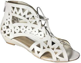 BUTITI Women's Sandals white - White Crisscross Lace-Up Sandal - Girls & Women