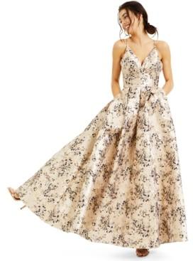 Blondie Nites Juniors' Brocade V-Neck Gown